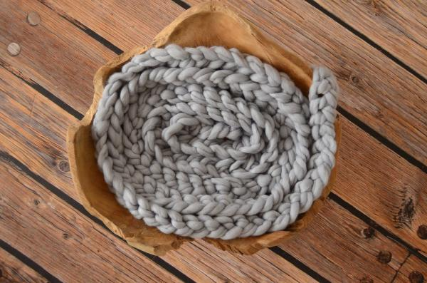 Light grey wool plait