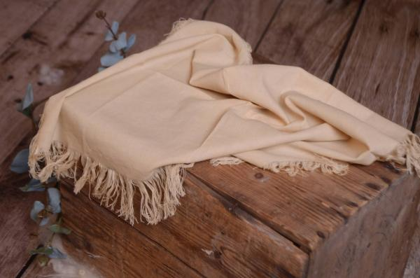 Beige fringed little fabric