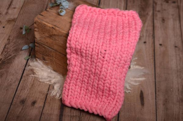 Pink plaited blanket