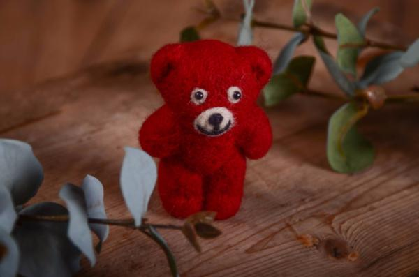 Burgundy red little bear toy 9 cm
