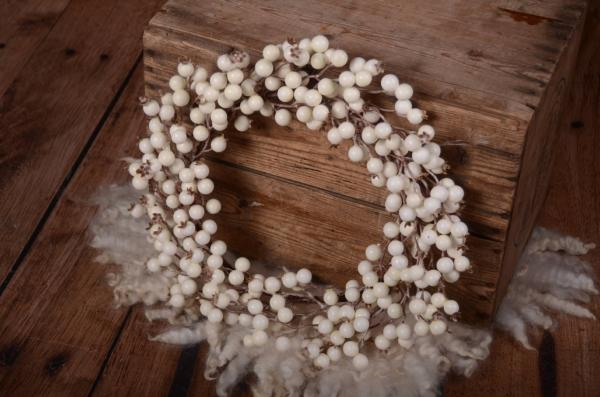 White Christmas wreath 40 cm