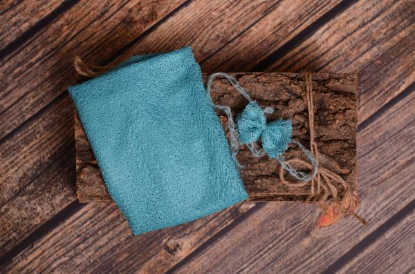Turquoise mesh wrap and headband