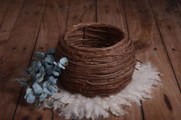 Round rustic nest with branches 28 cm