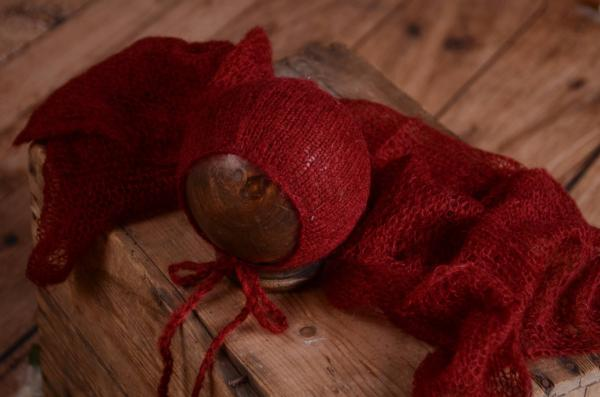 Burgundy mohair wrap and hat set