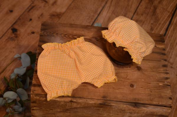 Yellow bath hat and pants set