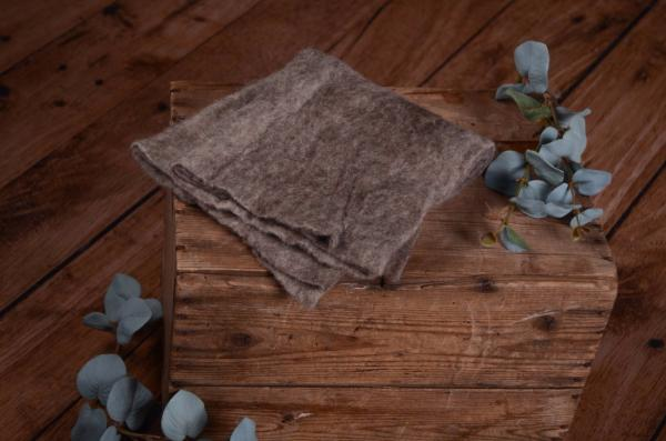 Mottled mink wool wrap