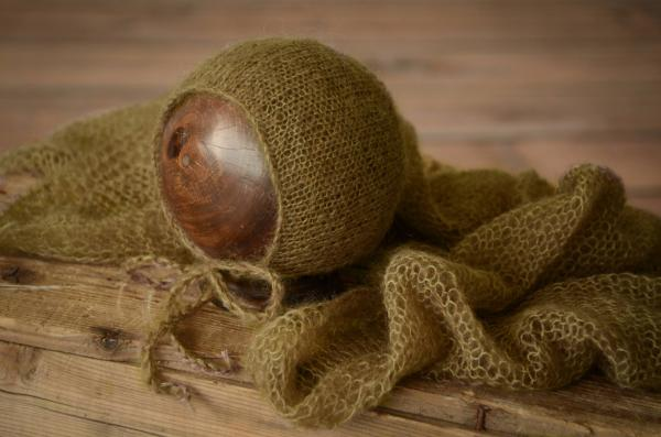 Olive green mohair wrap and hat set
