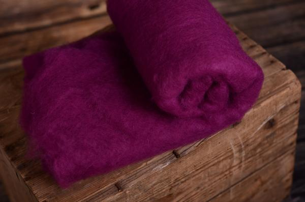 Aubergine natural wool blanket