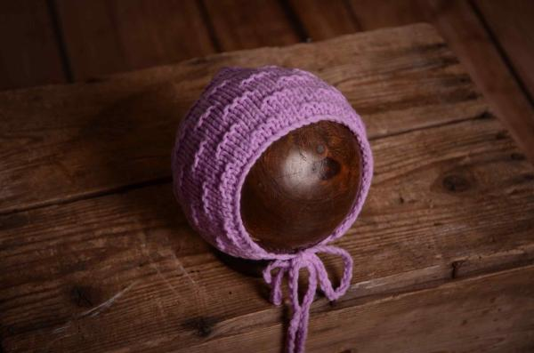 Lilac wool bonnet