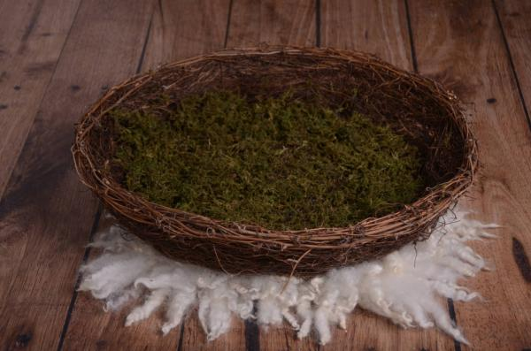 Green and brown rustic branches nest 60 cm