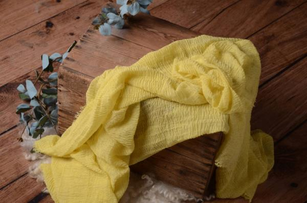 Yellow cotton wrap