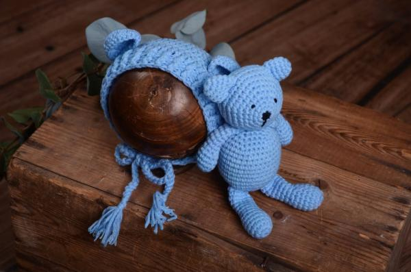 Blue teddy bear and hat set